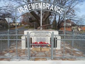 Hill End War Memorial April 2015